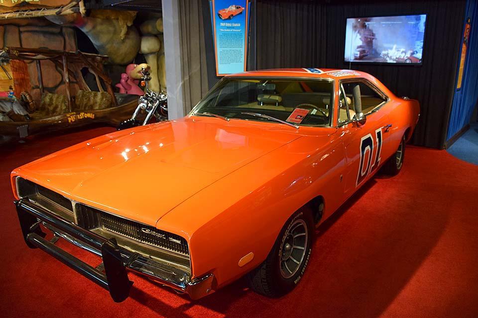 General Lee orange race car.